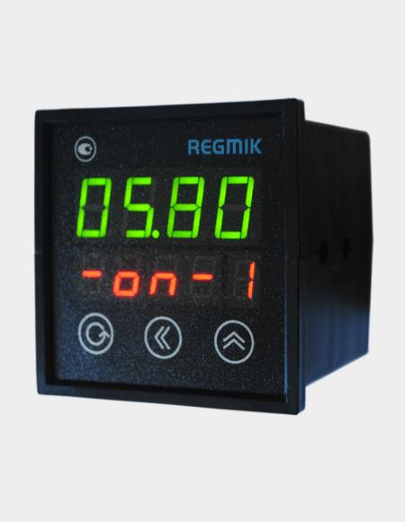 ПИД регулятор четырехканальный (РП4-Щ) с дискретным управлением вид сбоку